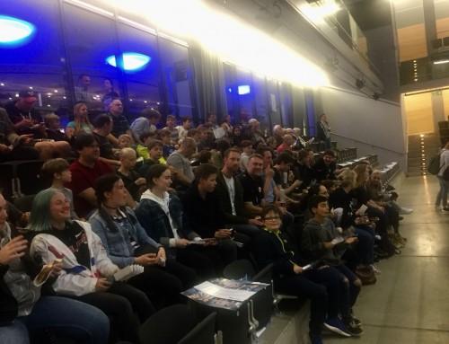 Jugendmannschaften des TV zu Besuch bei den Rhein Vikings